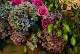 Dried Hydrangeas Hydrangea Arrangements For Weddings Summer Bouquets