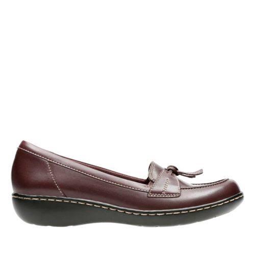 Clarks Ashland Bubble Leather Closed Toe Loafers, Black,