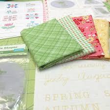 K He Mit K Henblock Bloom Sew Along Week One Block One Bee In My Bonnet