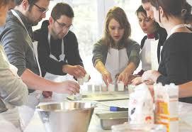 ecole cuisine lyon cours de cuisine dégustation office du tourisme de lyon inside
