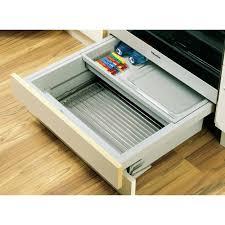 tiroir sous meuble cuisine tiroir sous four à grand volume innotech atira hettich bricozor