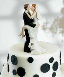 cool wedding cake toppers 11 insanely inappropriate wedding cake toppers yourtango