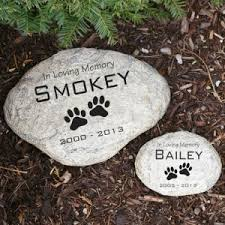 Condolence Gift Ideas 12 Heartwarming Pet Memorial Gift Ideas Urns Online