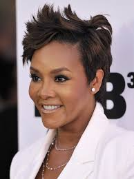 what is the difference between layering and tapering short layered hairstyles vivica a fox popular haircuts