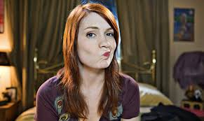 what is felicia day s hair color felicia day pities the youtube guys who think she was hotter