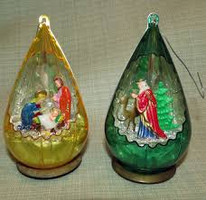 vintage ornament jewelbrite by ourfoundtreasures