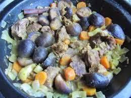 cuisiner des figues fraiches recette tajine de bœuf aux figues fraîches toutes les recettes