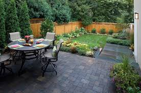 Landscaping Ideas For Small Backyards Small Backyard Landscaping Ideas With Small Patio And Dining Table