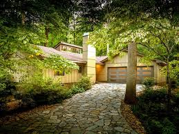 contemporary jewel with waterfall extensiv vrbo