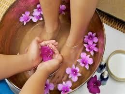 bassine pour bain de si e bain de pieds relaxant aux h e bienfaits propriétés posologie