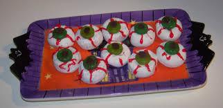 5 minute creepy halloween eyeballs recipe desserts