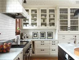 subway tile range hood transitional kitchen kitchen lab