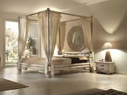 chambre lit baldaquin lit baldaquin manana en bambou meubles pour la chambre le monde du lit