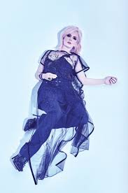 fashion u0027s favorite grunge shirley manson returns u2013 wwd