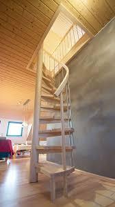 treppe selbst renovieren die besten 25 treppe renovieren ideen auf holztreppe