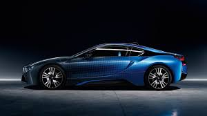 Bmw I8 Features - bmw i3 and i8 show off colorful crossfade concepts in paris