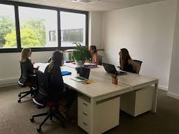 location de bureau à location de bureaux à la journée à nantes espace le 144