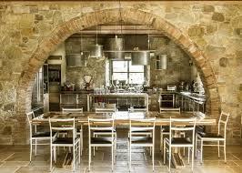cuisine toscane voute entre séjour cuisine mediterranean residence par elodie