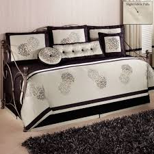 Black And White Bedroom Carpet Bedroom Comfortable Daybed Covers With Dark Shag Rug And Cozy