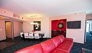 hotels in las vegas with 2 bedroom suites two bedroom suites las vegas hotels elara bedroom suite on elara a