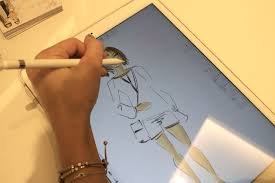 new idea chic sketch tara guérard soirée