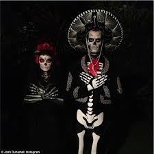 La Muerte Costume Fergie And Josh Duhamel Coordinate In Day Of The Dead Halloween