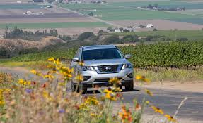 nissan pathfinder us news 2017 nissan pathfinder pictures photo gallery car and driver