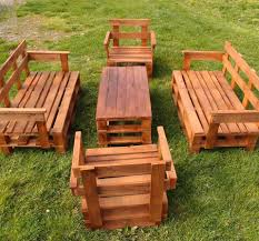 Wood Pallet Patio Furniture by 45 Easiest Diy Projects With Wood Pallets