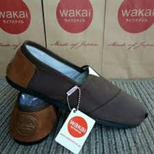 Sepatu Wakai Harganya sepatu wakai pria abu daftar harga terlengkap indonesia terkini