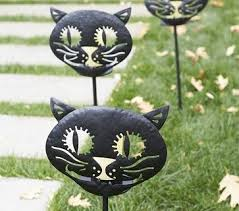 Pottery Barn Outdoor Halloween Decorations by 34 Best Pottery Barn Halloween Images On Pinterest Pottery Barn