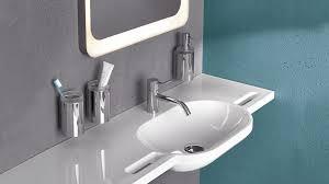 haltegriffe badezimmer innenarchitektur geräumiges ehrfürchtiges haltegriffe badezimmer