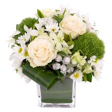White Roses In A Vase Flowers Delivery Online Florist Send Flowers Roses Only