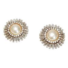 fabulous earrings fabulous chanel haute couture pearls and earrings early