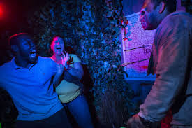 halloween horror nights lots of scares and a few laughs too