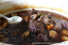 cuisiner un boeuf bourguignon boeuf bourguignon à ma façon les aventures culinaires d une p tite