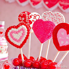 Valentine S Day Cookie Decorating Party by Heart Cookie Pops Idea Valentines Day Treat Ideas Valentines