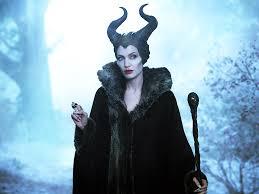 evil queen halloween evil queen ice queen vs maleficent battles comic vine