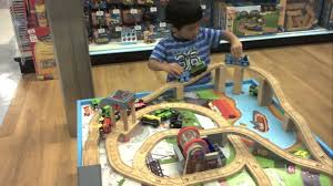 thomas the train wooden table thomas the train wooden railway table playset toys r us youtube