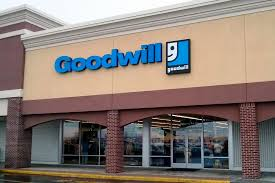 goodwill hours of operation store locations near me and phone