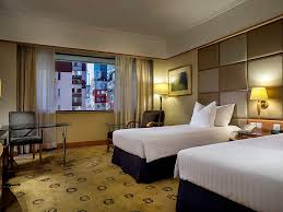 chambre jeune homme design hôtel à hong kong the park lane hong kong a pullman hotel