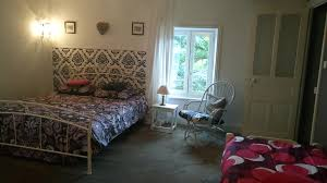 booking chambre d hote bed and breakfast chambres d hôtes le besset thiers