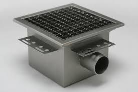 canap de sol siphon de sol en acier inox carré avec grille avec canal