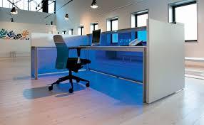 fabricant mobilier de bureau italien banque d accueil eos par le fabricant italien alea mobilier de