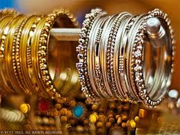 centre states may settle for 4 gst on gold silver