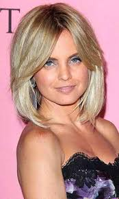 short hairstyles with center part and bangs ideas about middle part hairstyles for short hair cute hairstyles