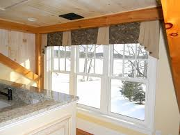 Valance Ideas For Kitchen Windows by Valance Styles For Large Windows Best 25 Valance Ideas Ideas On