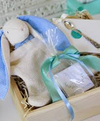 keepsake baby gift heirloom keepsake gift box curated by dosaygive