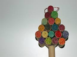 how to make miniature christmas tree decor using recycled wine