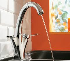 robinetterie cuisine jacob delafon carafe robinet cuisine filtrant et écologique déco salle de bains