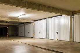 chambre de service vaut il mieux investir dans un parking ou une chambre de service